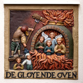 Gloyende Oven